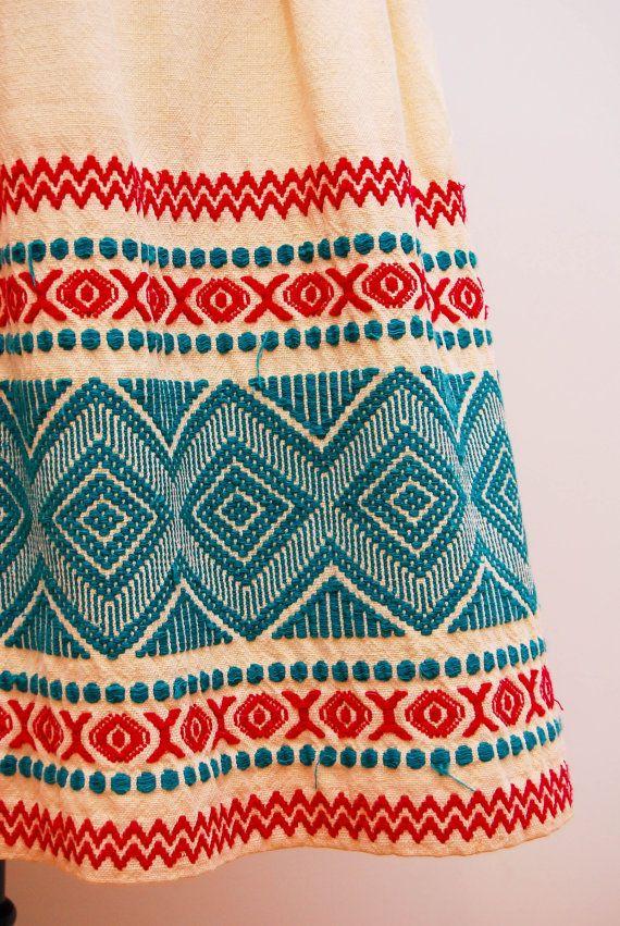 Vintage skirt detailing